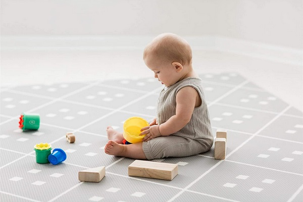 Baby One-Piece Reversible Foam Floor Mat