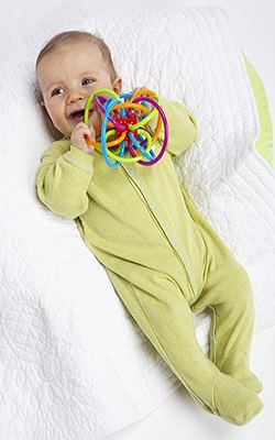 Manhattan Winkel And Sensory Teether Toy